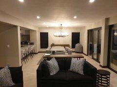Villa-19-evening-Dining-Room-(002).jpg