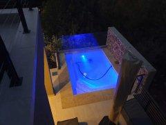 Villa-19-evening-pool-4-(002).jpg