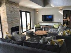 villa_lounge2.jpg